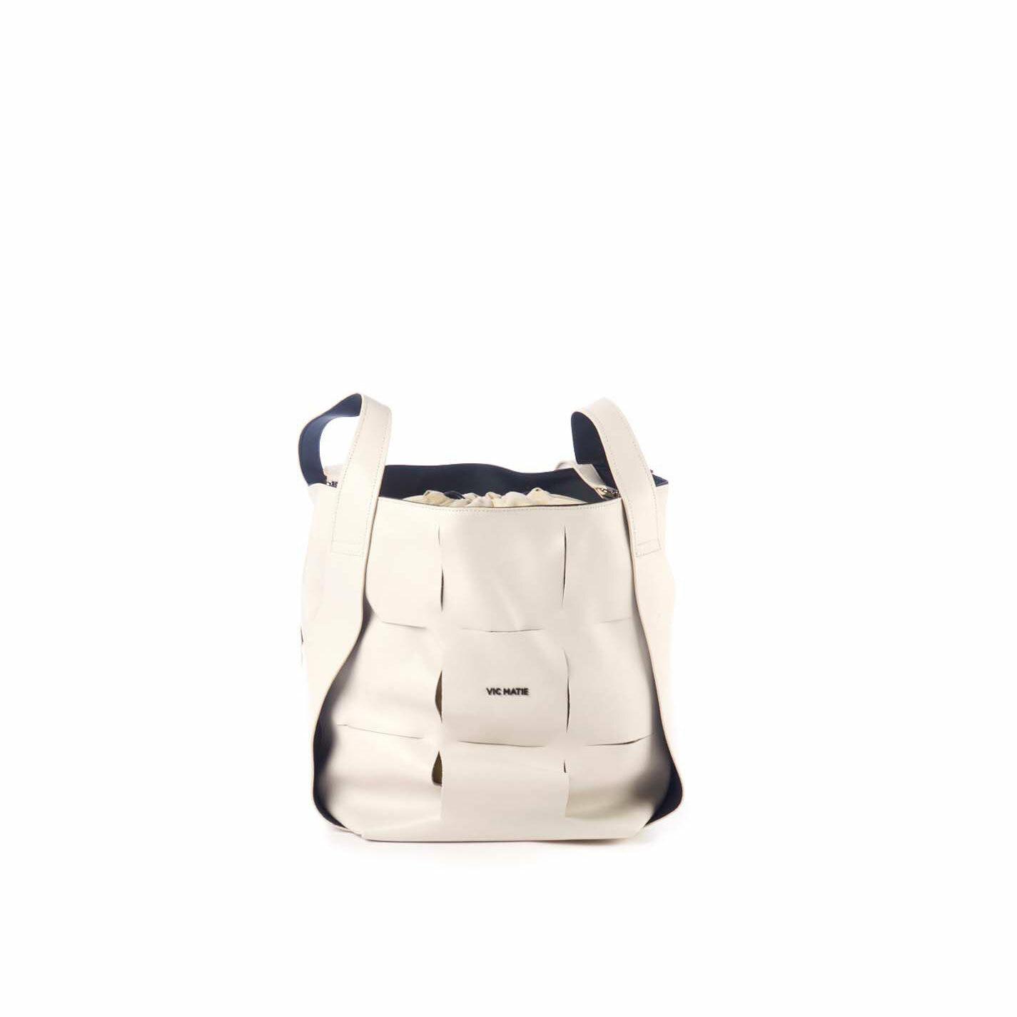 Nadege<br />Large ivory-coloured leather bucket bag