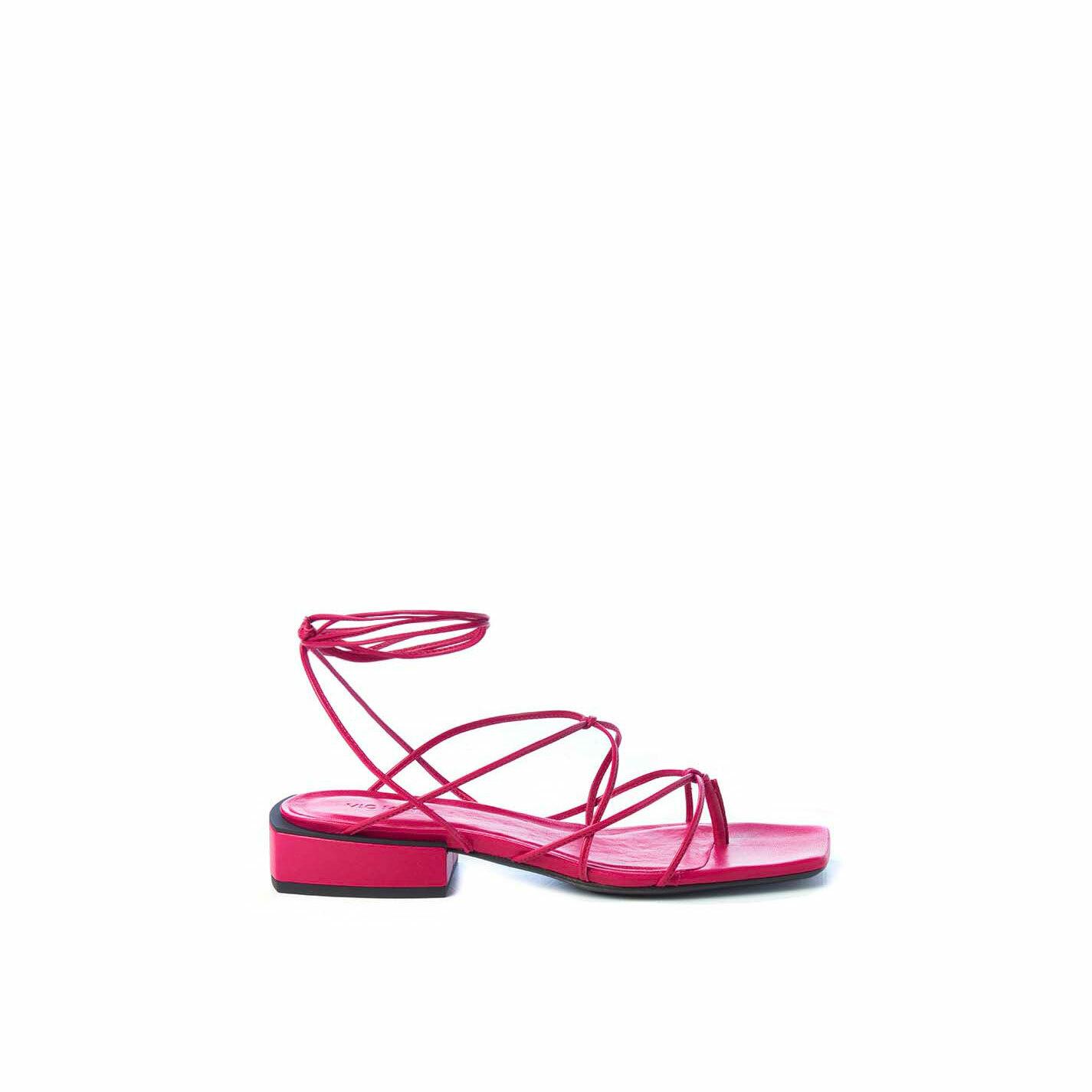 Flat magenta nappa thong sandals