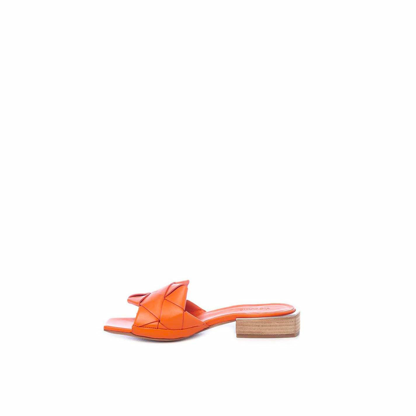 Flat orange calfskin slip-ons
